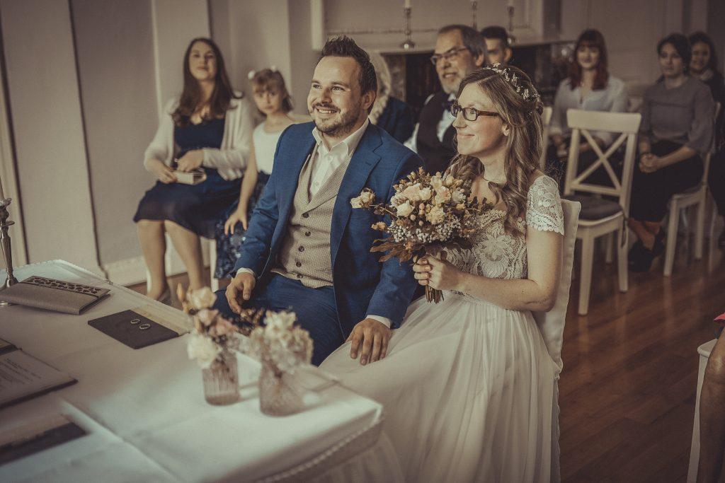 Brautpaar im Standesamt Witten